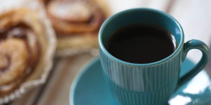 Kaffe och bulle. Foto: fotoakuten.se