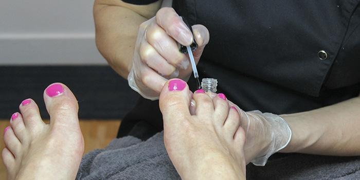 fotvård, nagellack, avenyn, hudterapeuten, sommarfötter